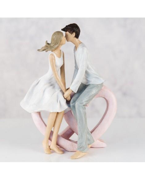 Kissing Couple Figurine
